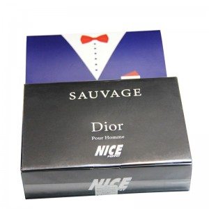 پک هدیه ادکلن و مام رول مردانه نایس مدل Sauvage